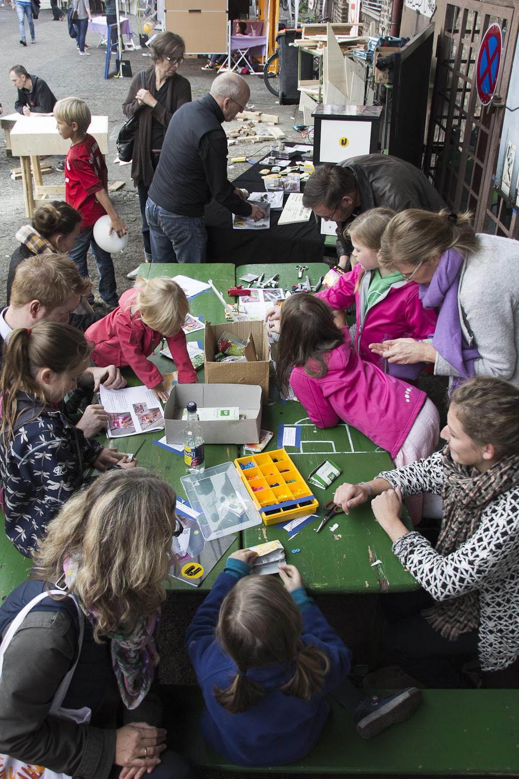 Toller Einstand für die Upcycling-Werkstatt auf dem Save the World-Festival in Bonn