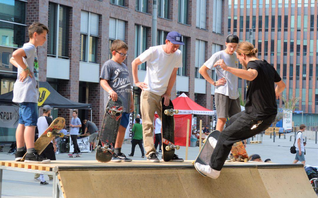 Skateboard-Olympiade und Abschluss-Contest