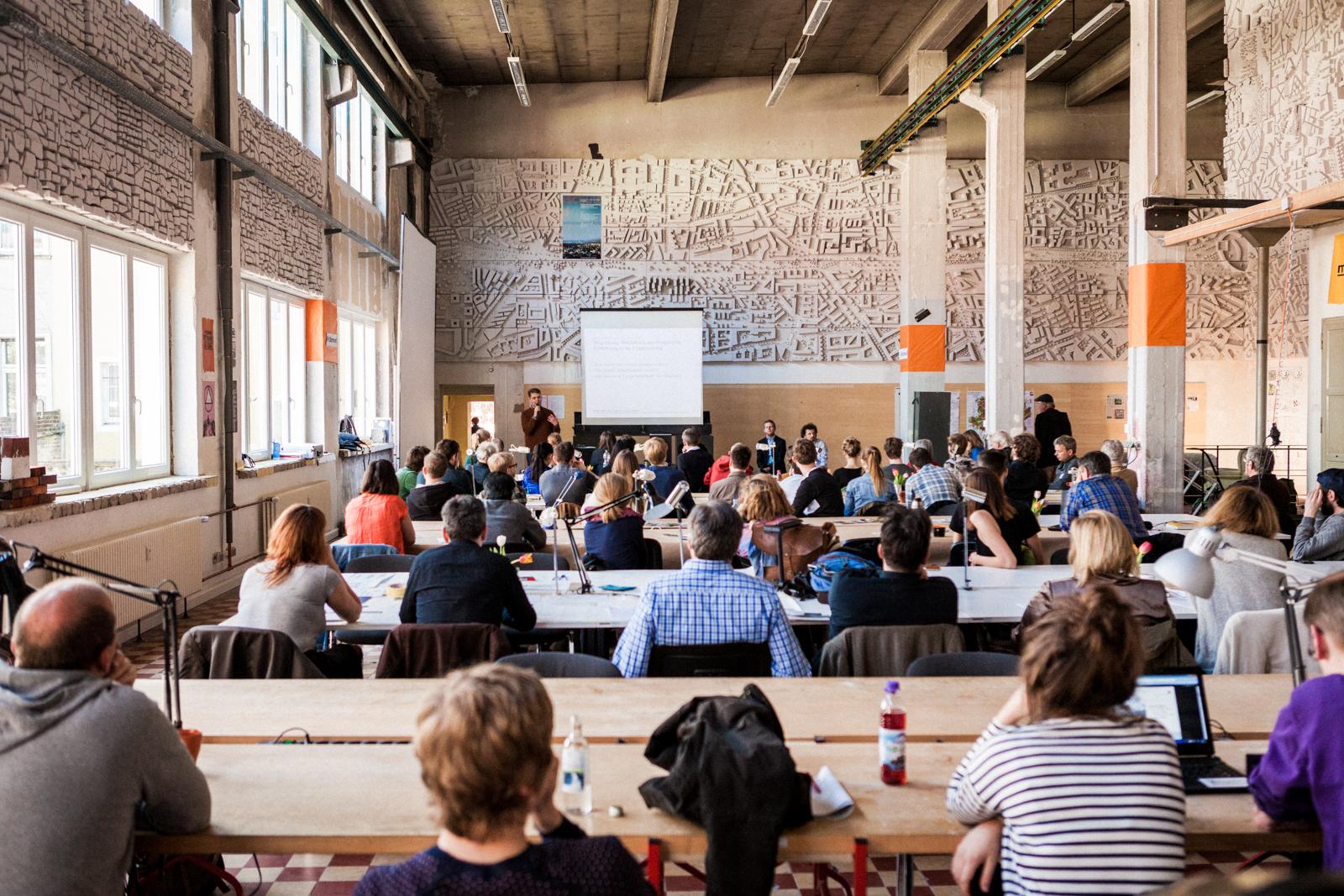 """Tagung in der Werkhalle """"JugendKultur findet STADT"""""""